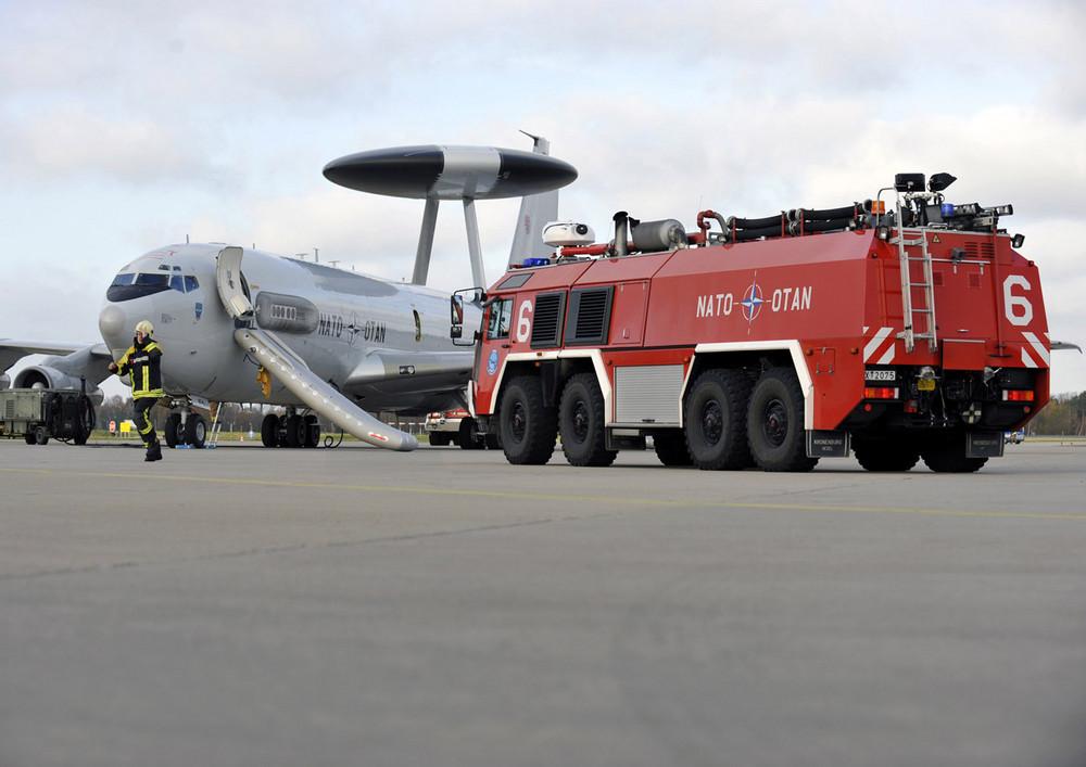 NATO E-3A bei einer Übung 2