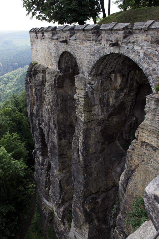natürliche Festungsmauern