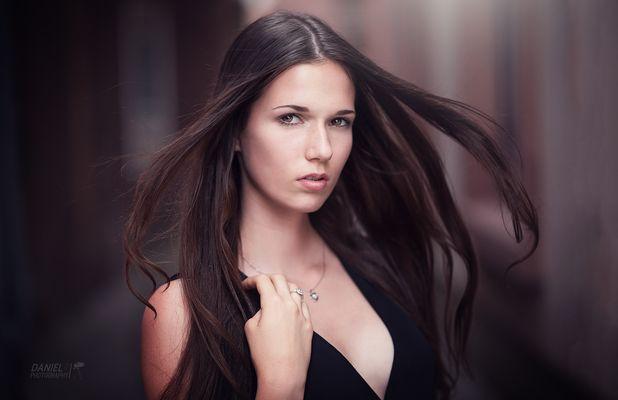 Natural Light Portrait Shooting | DanielR. Photography ( Daniel Rödel ) | Model: Marie