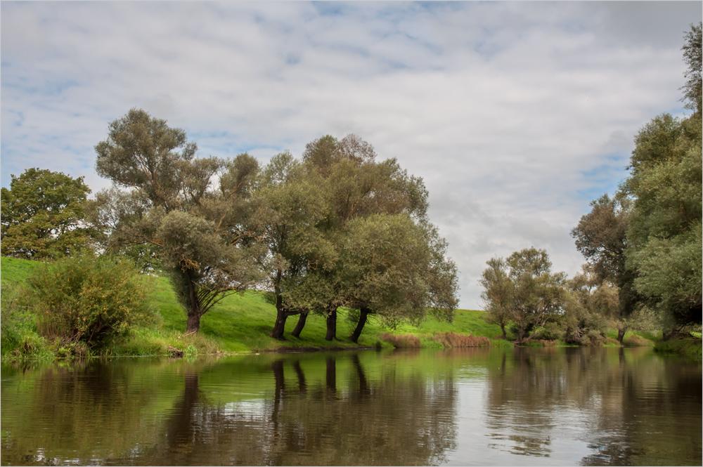 Naturgeprägter Abschnitt des Aland in seinem Unterlauf.....