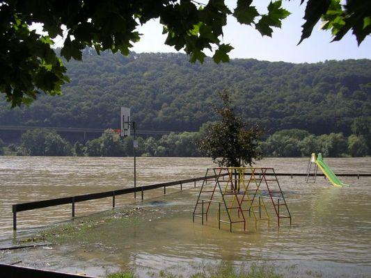 Naturnaher Wasserspielplatz