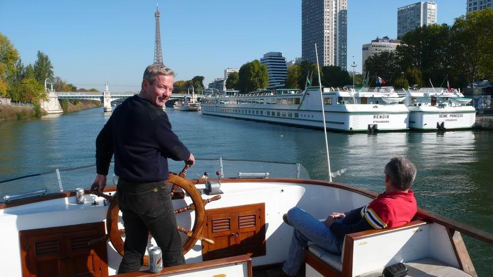 Naviguant sur la Seine
