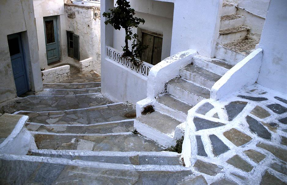 Naxos - Alles ist Stufe