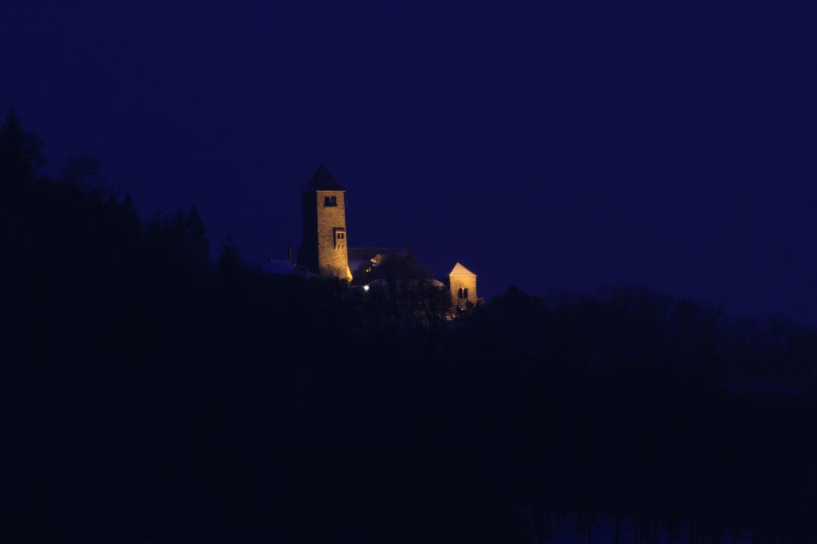 ne Burg...im Blauen