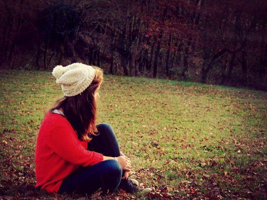 Ne pleurez pas votre passé car il s'est enfui à jamais. Ne craignez pas votre avenir car il n'existe