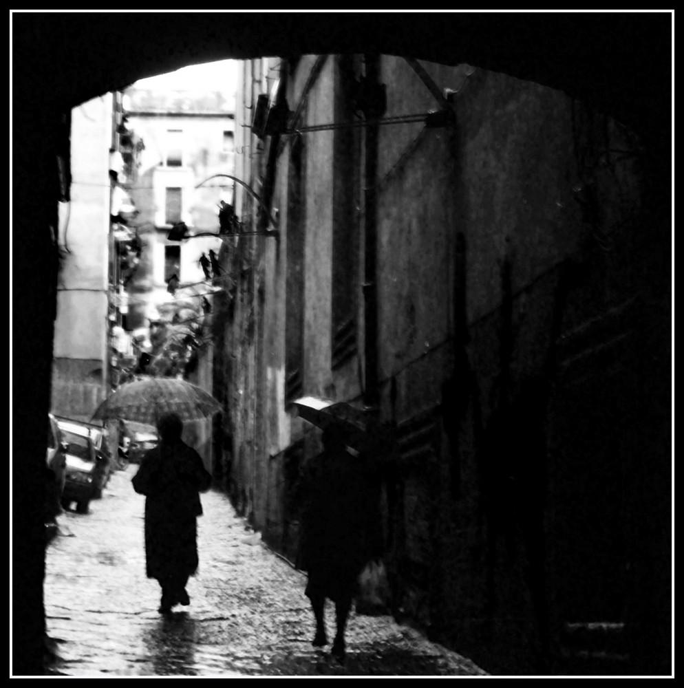 Neapel im Regen