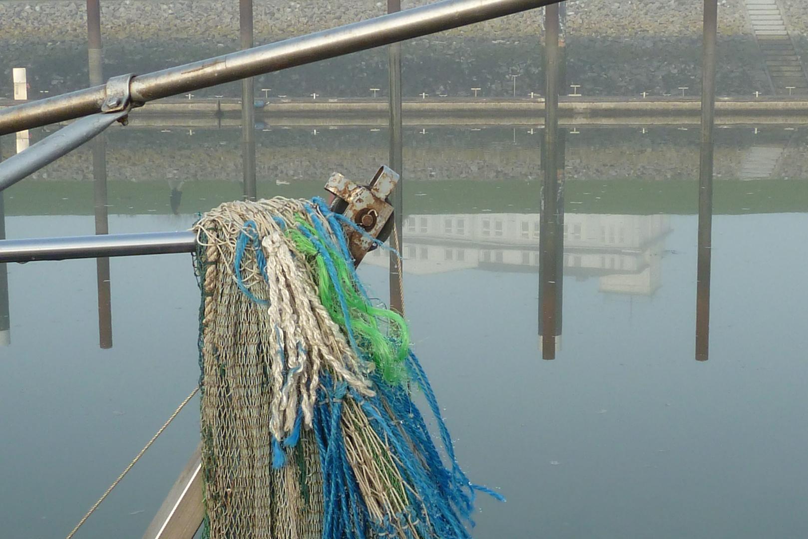 Nebel am Hafen