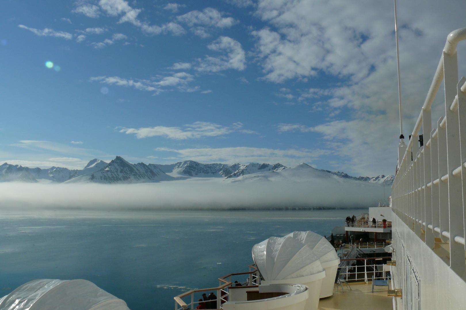 Nebel am Lilliehöökfjord