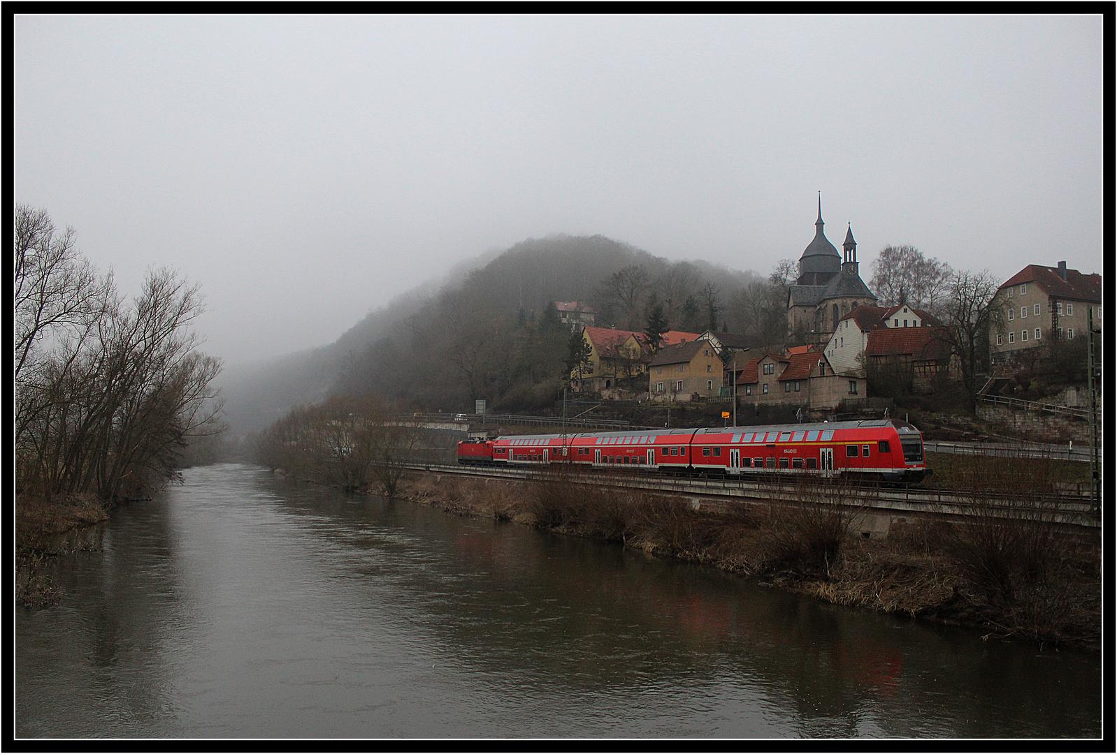 Nebel im Saaletal bei Rothenstein