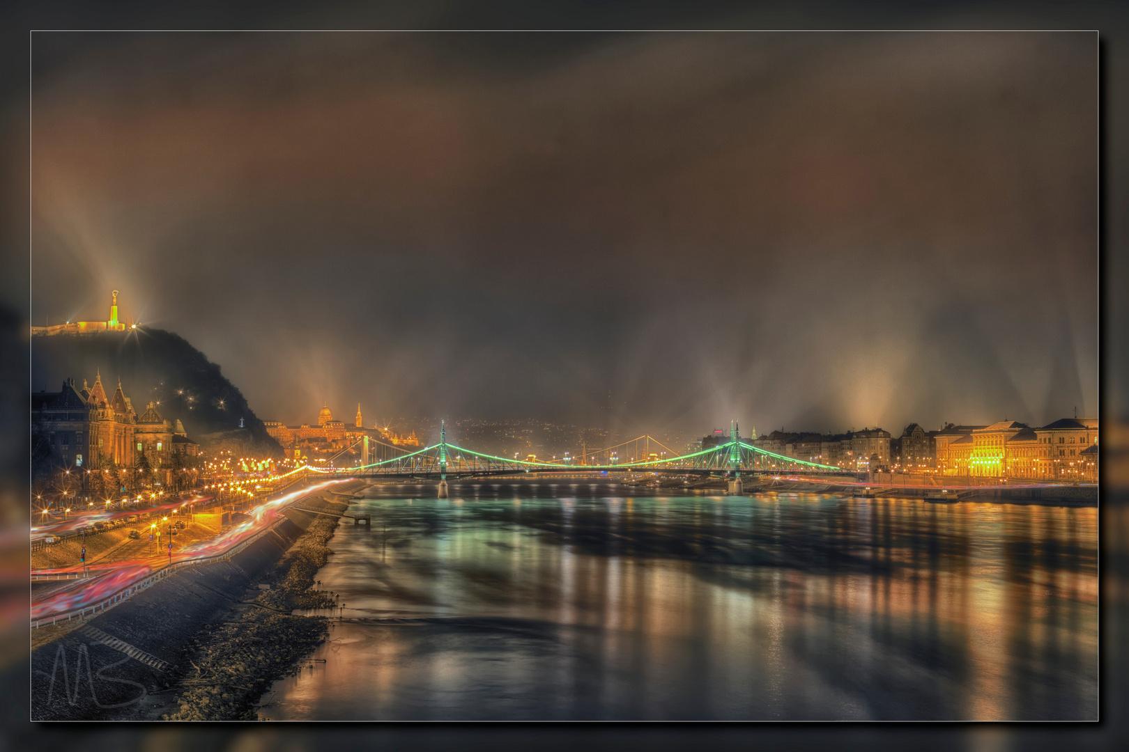 Nebel über Budapest