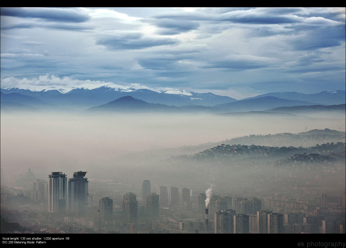 Nebel ueber Sarajevo
