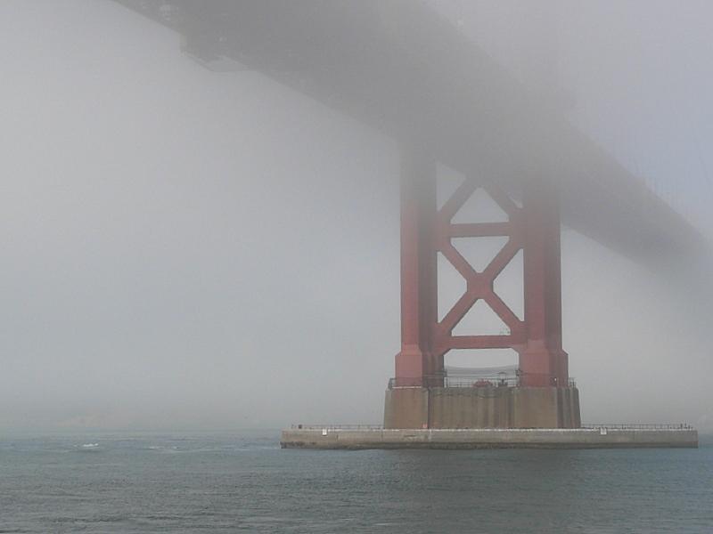 Nebel unter der Golden Gate