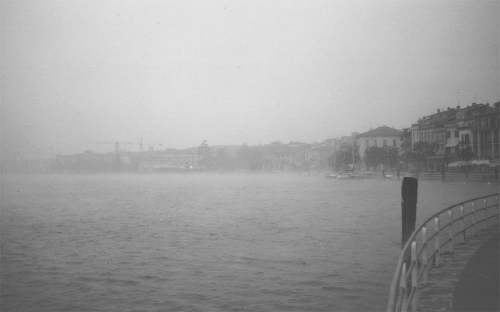 Nebel,Nebel,weiße Wand.......