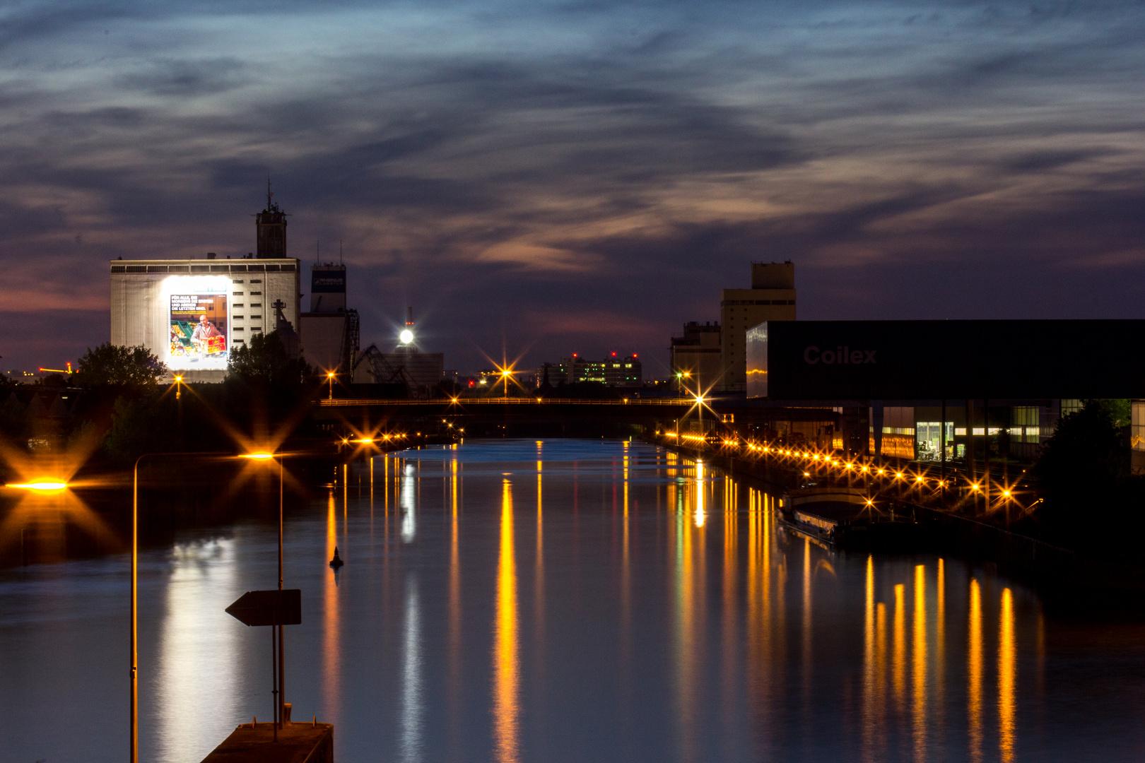 Neckar bei Esslingen