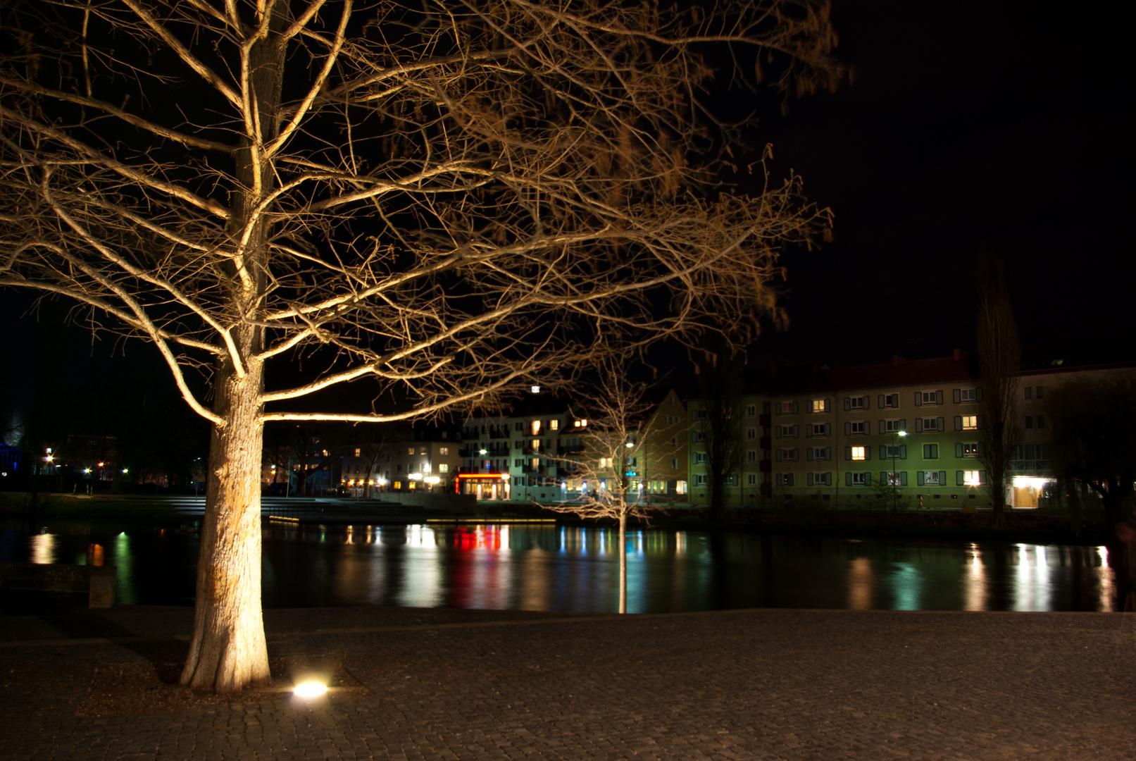 Neckar bei Nacht an der Experimenta