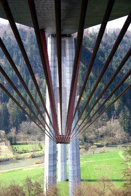 Neckartalbrücke Weitingen -1-