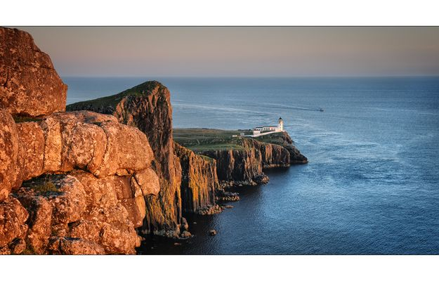 neist point lighthouse.