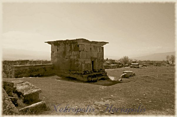Nekropolis · Heriapolis