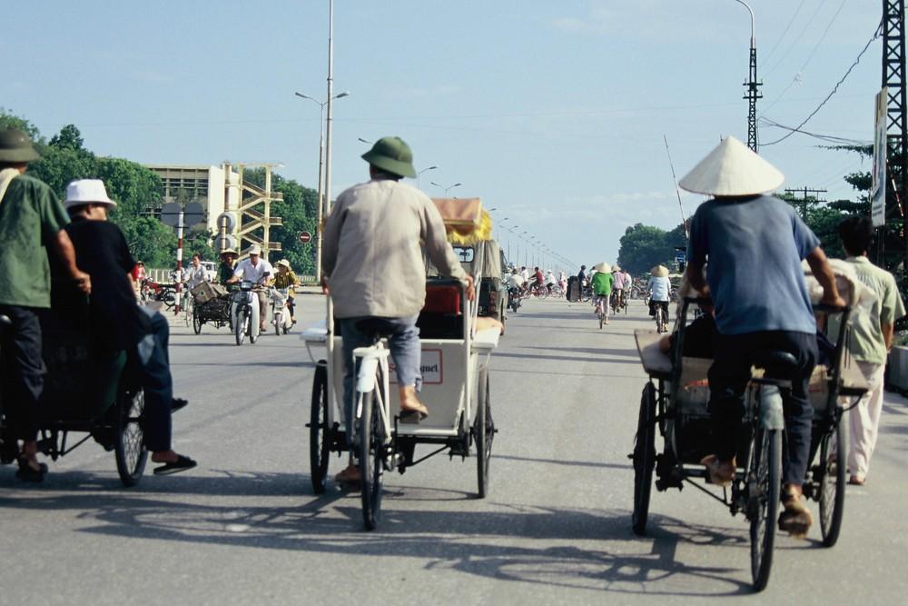 Nel traffico di Hanoi.