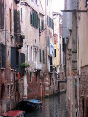 Nelle scanalature da Venezia / In den Kanälen Venedigs