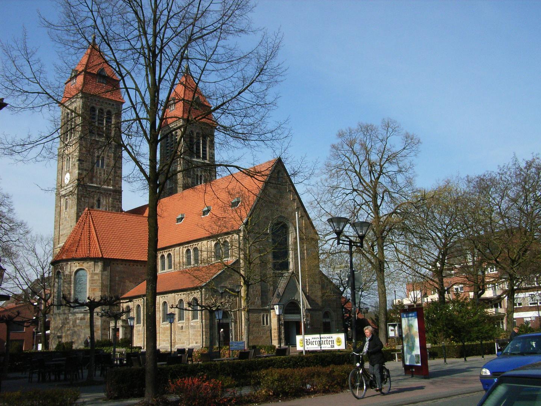 Neoromanische Kirche St. Clemens, Münster Hiltrup