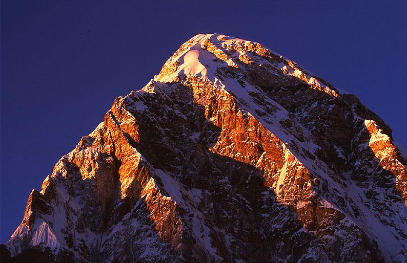 Nepal (4): Pumo Ri - Im Schatten des Mount Everest