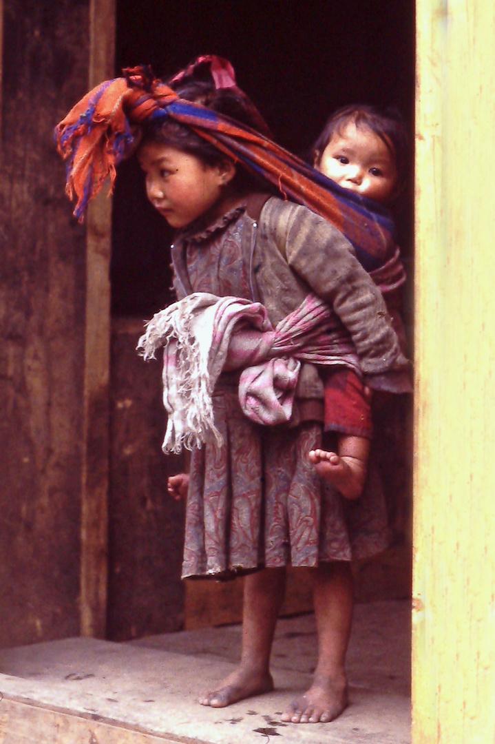 Nepal--Kinder
