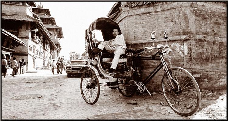 Nepalesisches Taxi in Warteposition
