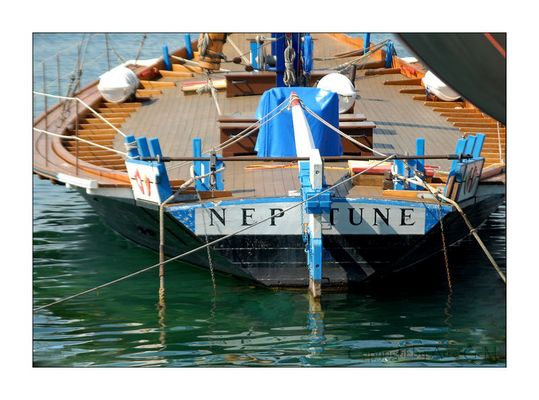 Neptune - est en francaise / Neptun - auf deutsch