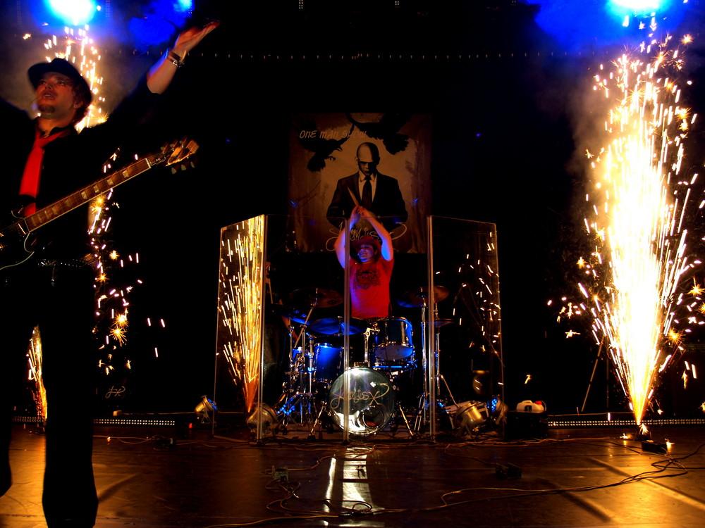 Nesko Hadzimuratovic (Nesko X), Laminius X, live in Paris,06/2008- explosion
