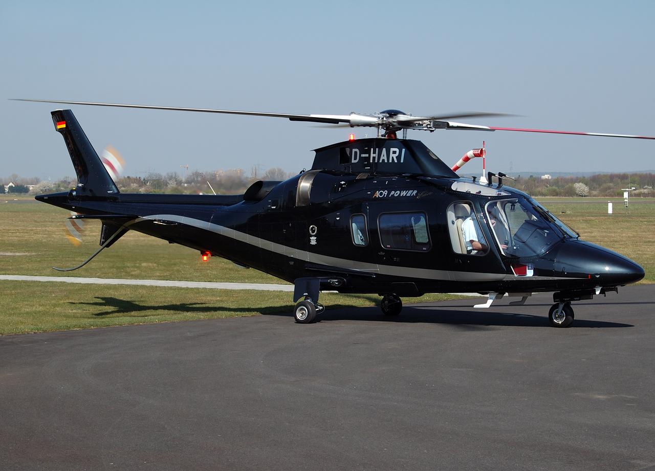 Nette Agusta 109 in Bonn-Hangelar