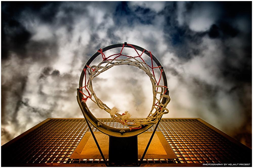 Netz mit Himmel