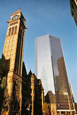 Neu und Alt in Toronto