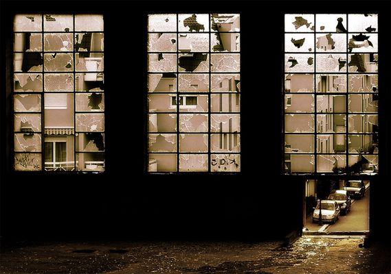 Neubauwohnungen in angenehmer Umgebung mit Einblick in die Industrieruine