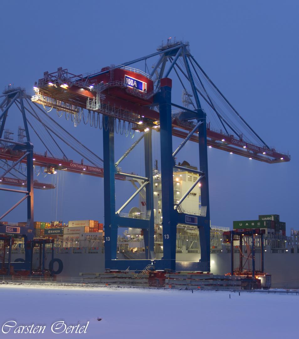 Neue Giganten im Hafen