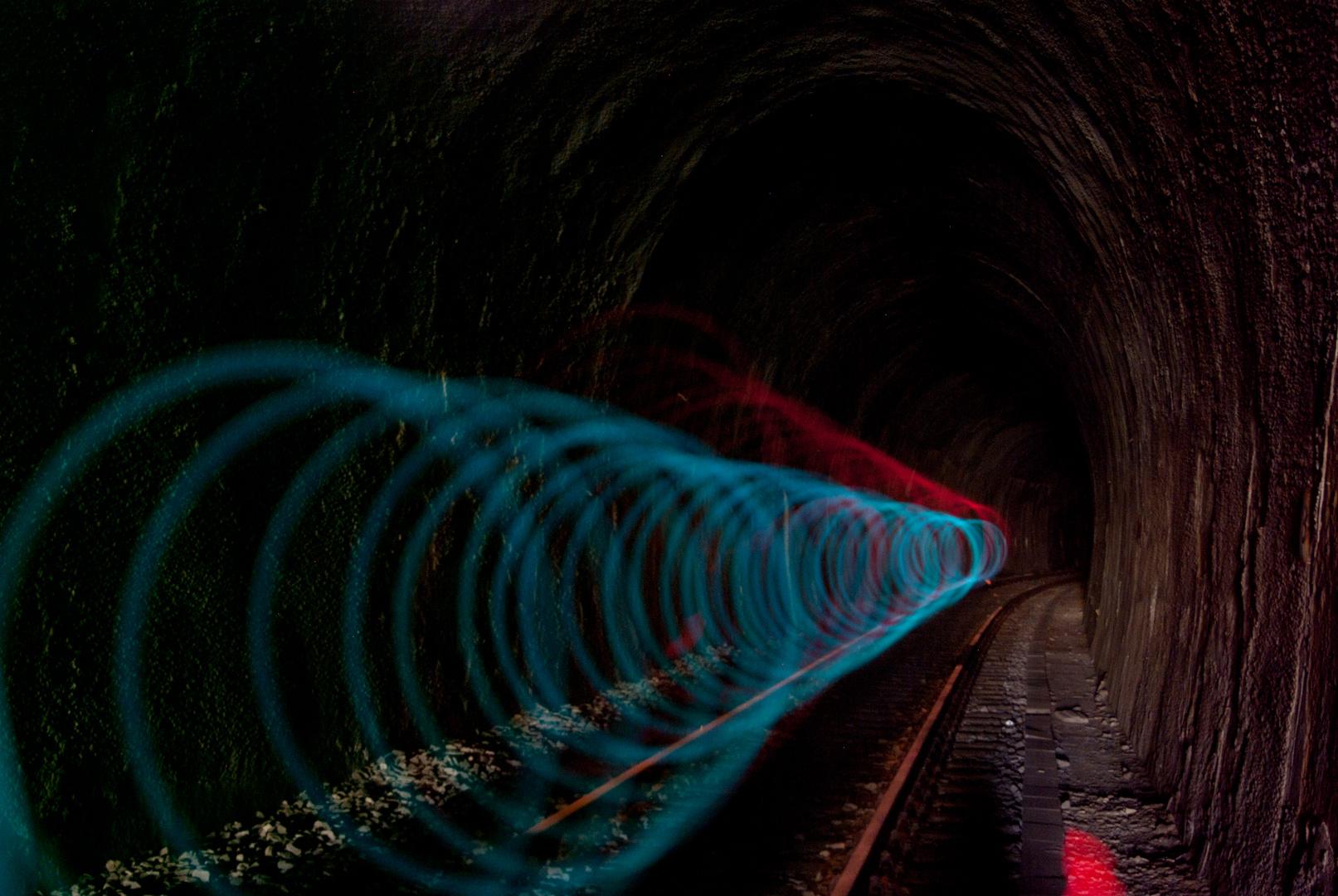 Neue Transportröhre im Untergrund