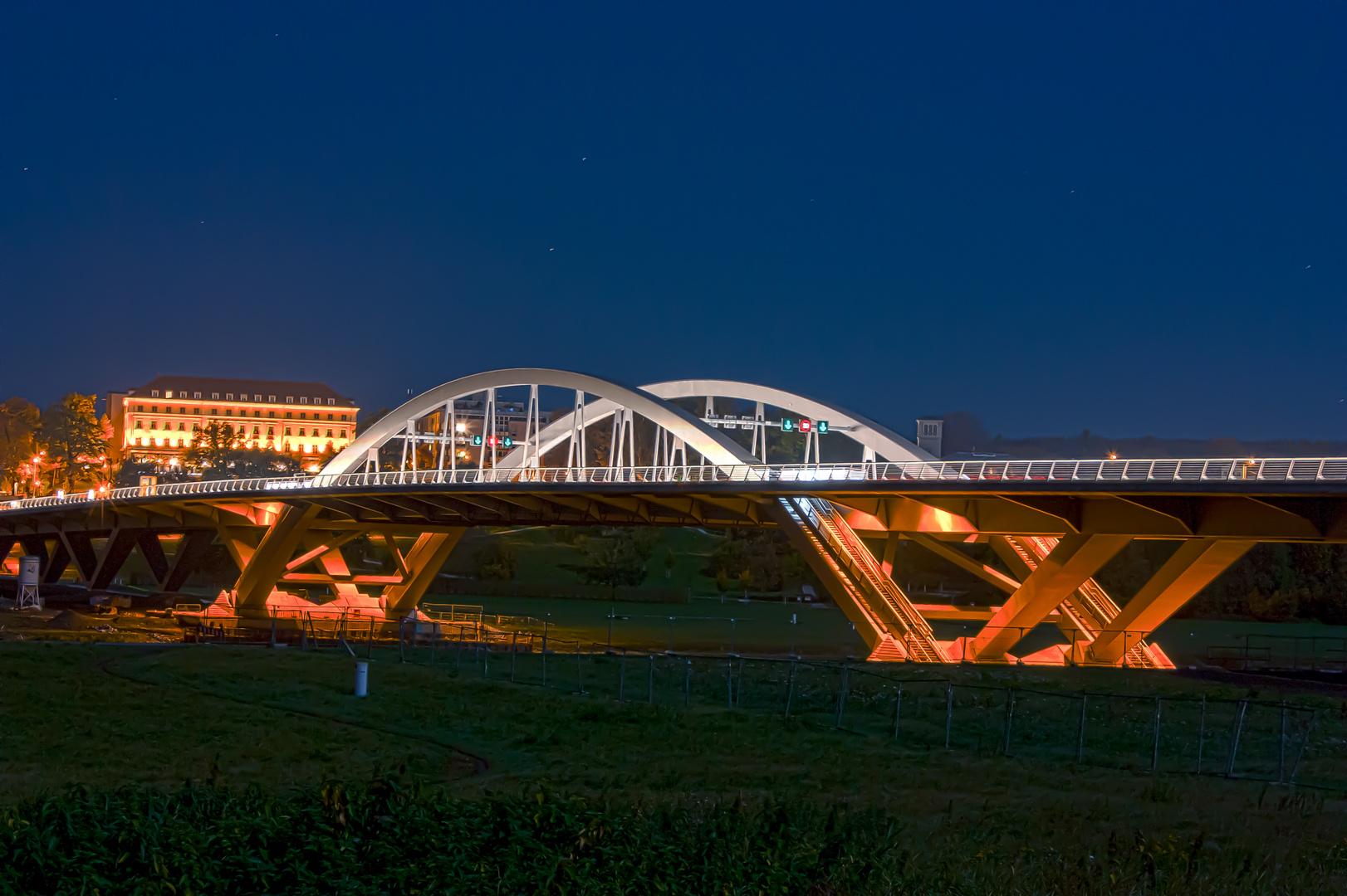 neue Waldschlößchenbrücke