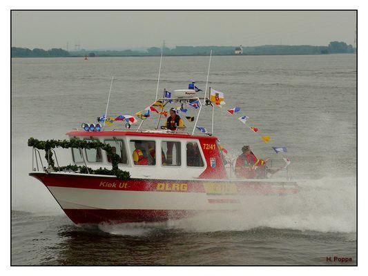 Neues DLRG Boot aus Stade an der Unterelbe.