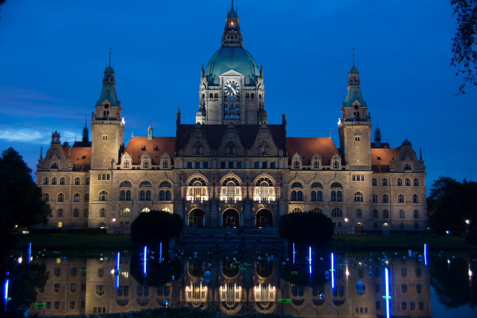 Neues Rathaus in Hannover bei Nacht