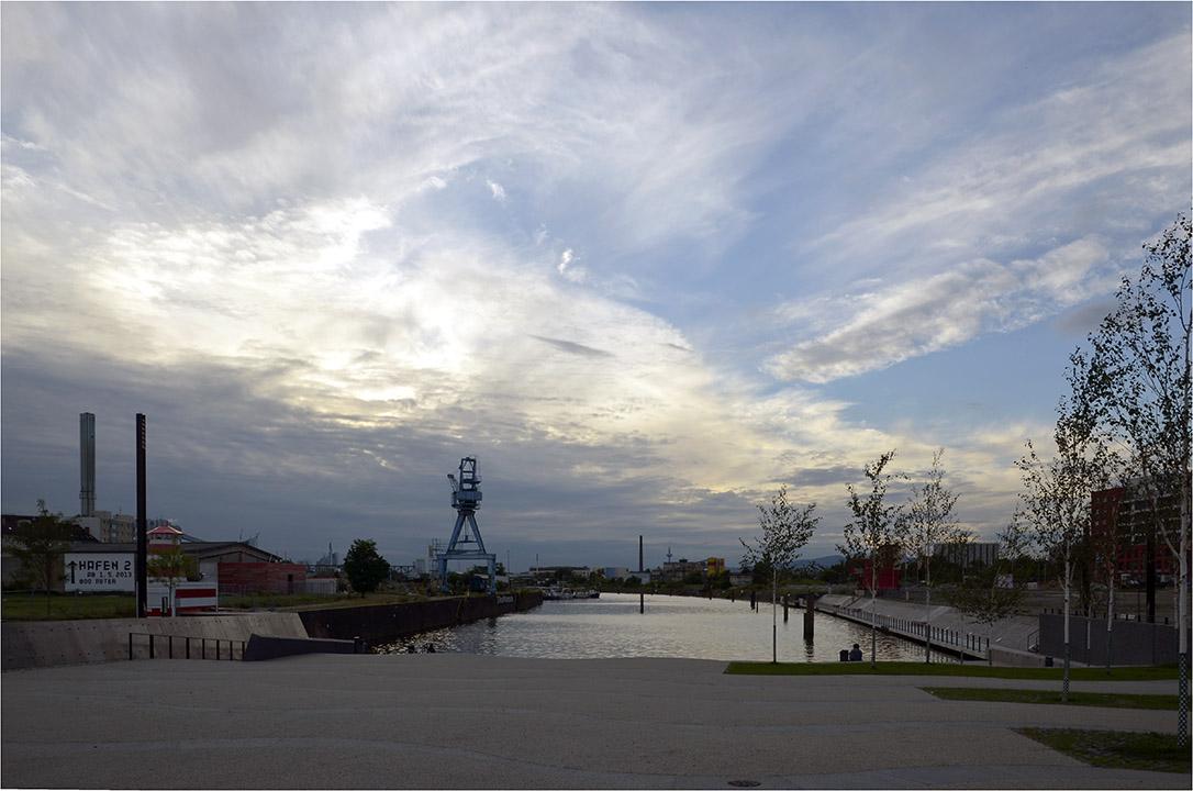 ...neues vom Offenbacher Hafen...