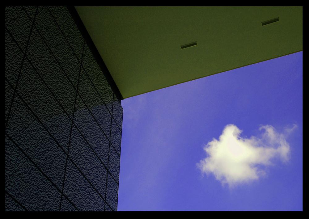 Neugierige Wolke
