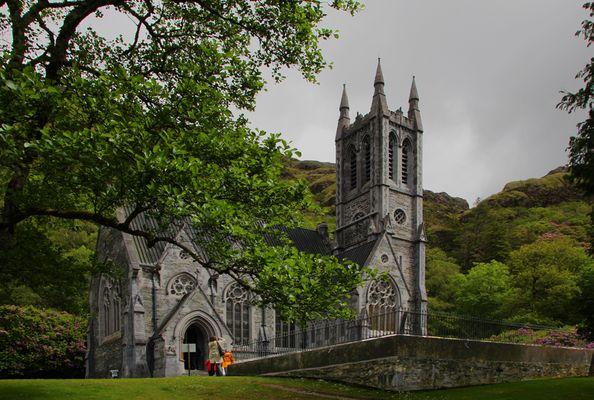Neugotische Kirche von Kylemore Abbey