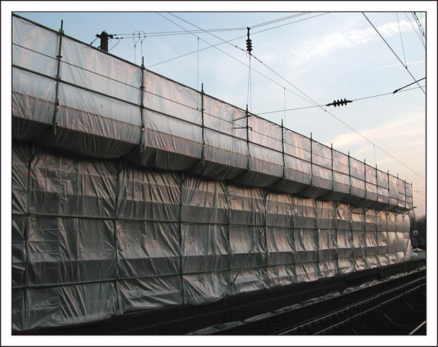 ...neulich hatte der Zug von Christo & Jean-Claude wieder mal Verspätung...