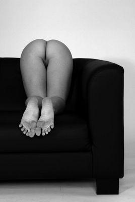 ... neulich - hinterm Sofa ...