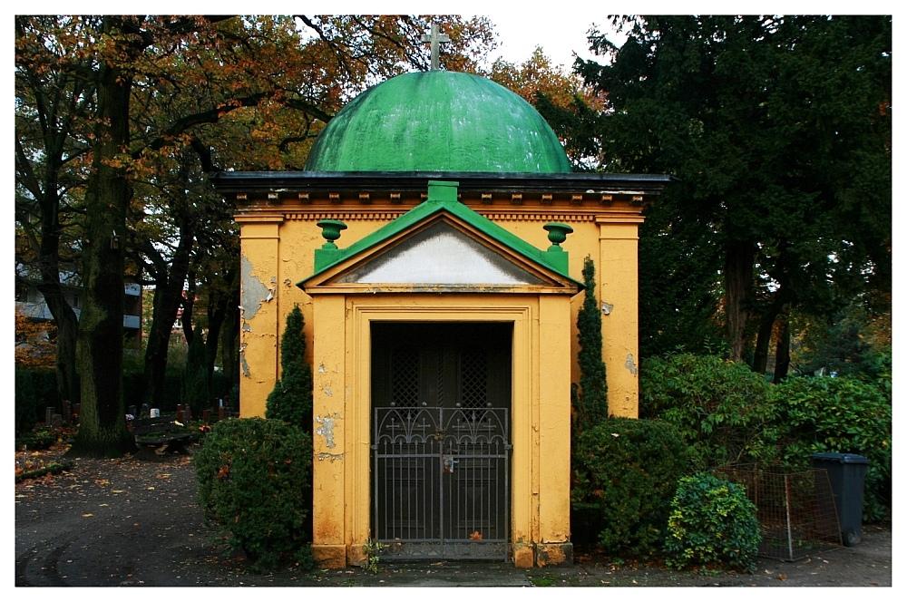 Neumann Mausoleum