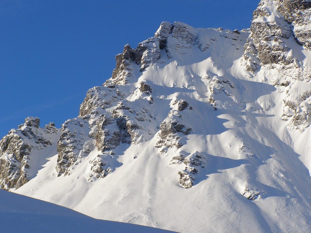 Neuschnee in den Bergen