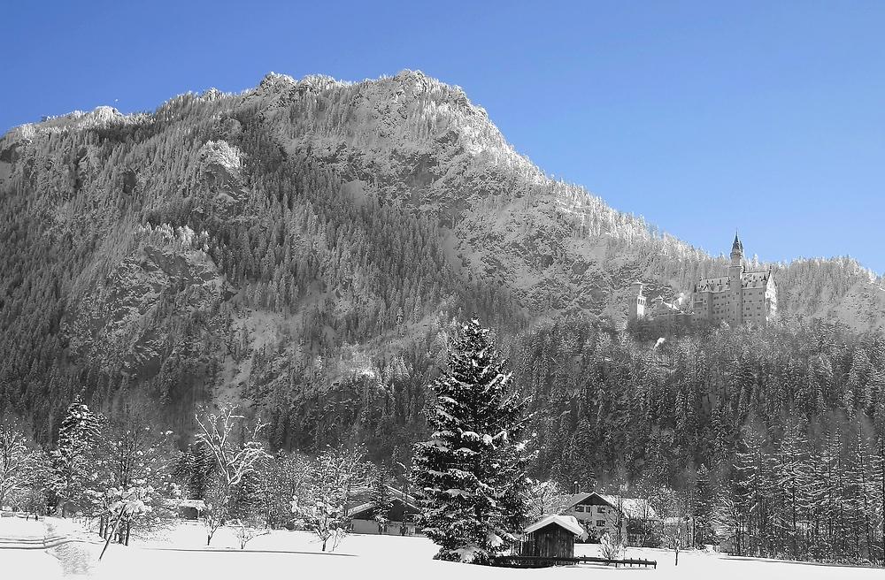Neuschwanstein ganz grau in blau