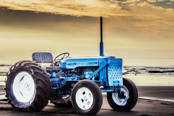 Neuseeland - Traktor am Waiinu Beach