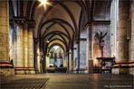 Neuss Quirinus-Münster immer im anderen Licht ...