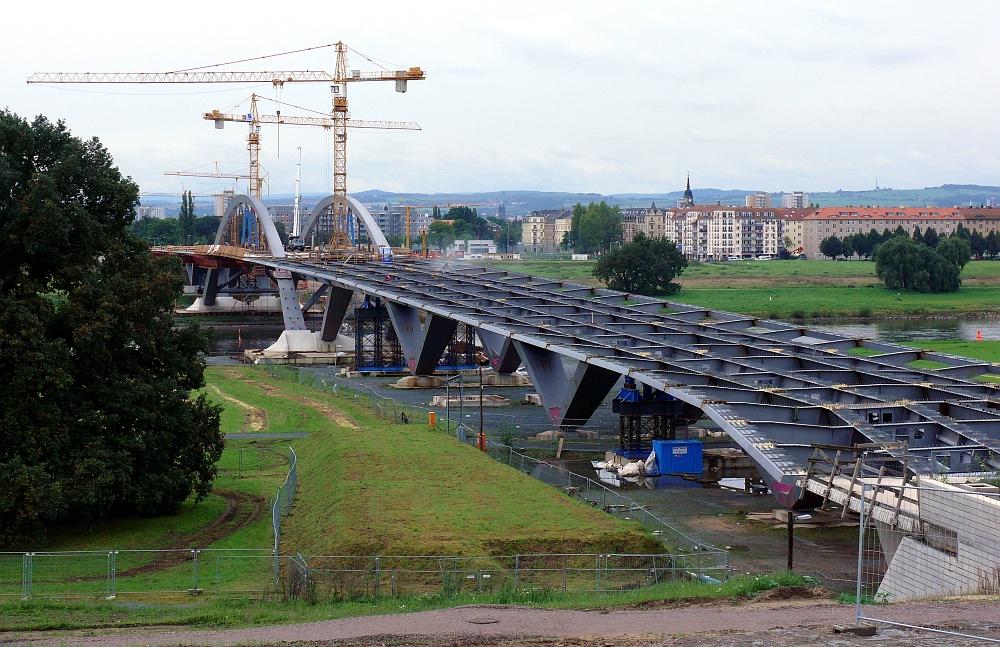 Neustädter Vorlandbrücke